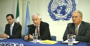 Enrique Leff (ao centro)