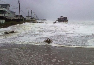 hurricane-sandy-storm-surge-kittyhawk-nc-8am10-29-12_northcarolina-dept-transportation